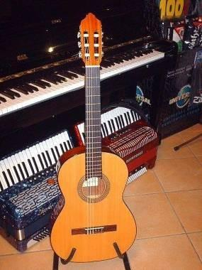 Real musical chitarra classica spagnola