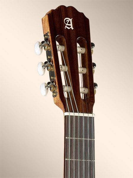 Alhambra 2c chitarra classica