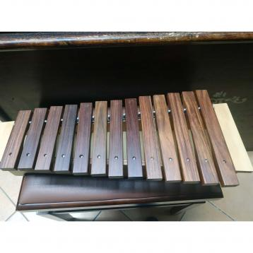 Charkum percussion  Xilofono diatonico contralto  13 note +3 (outlet)